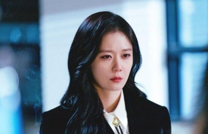 Jang Na Ra turns into a hot-tempered exorcist in upcoming drama Real Estate Exorcism